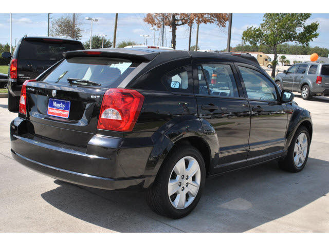 dodge caliber 2007 black hatchback sxt gasoline 4. Black Bedroom Furniture Sets. Home Design Ideas