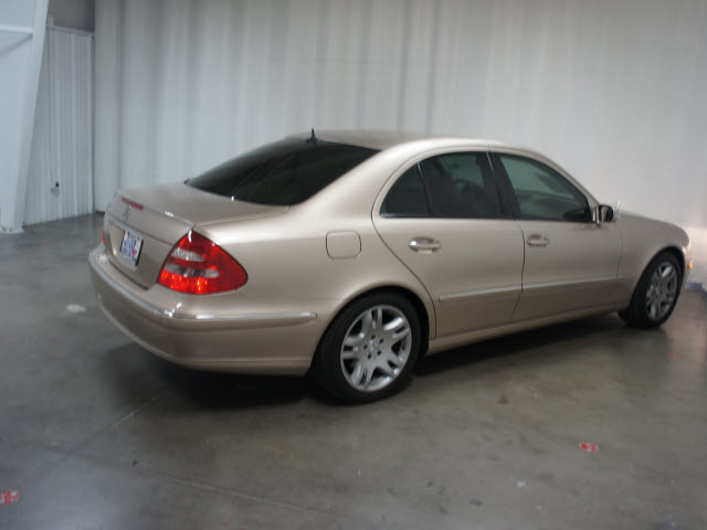 301 moved permanently for 2003 mercedes benz e class sedan