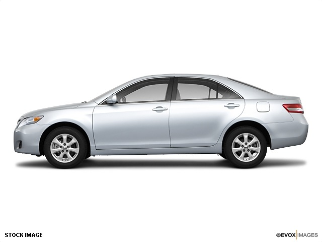 toyota camry 2011 sedan le gasoline 4 cylinders front wheel drive automatic 91731 toyota camry. Black Bedroom Furniture Sets. Home Design Ideas