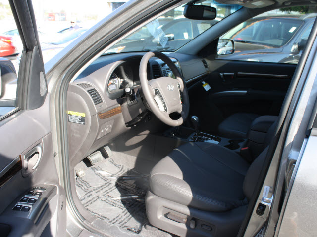 hyundai santa fe 2012 mineral gray suv limited gasoline 4 cylinders front wheel drive automatic. Black Bedroom Furniture Sets. Home Design Ideas