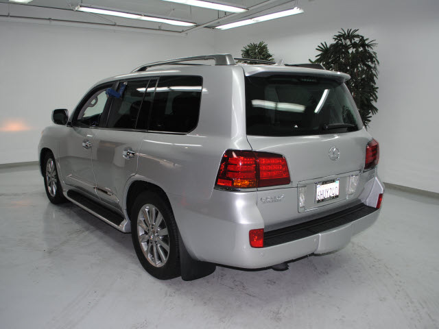 lexus lx 570 2009 silver suv gasoline 8 cylinders 4 wheel. Black Bedroom Furniture Sets. Home Design Ideas