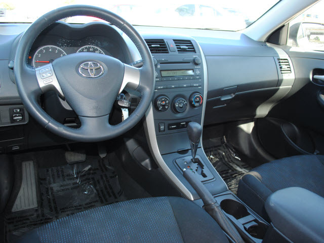 toyota corolla 2009 white sedan s gasoline 4 cylinders front wheel drive automatic 75228 toyota. Black Bedroom Furniture Sets. Home Design Ideas
