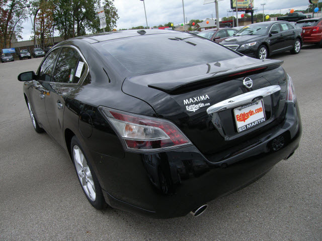 nissan maxima 2012 black sedan gasoline 6 cylinders front wheel drive automatic 46219 nissan. Black Bedroom Furniture Sets. Home Design Ideas