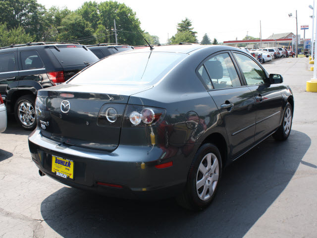 Mazda Mazda3 2009 Metropolitan Gray Sedan I Touring Value