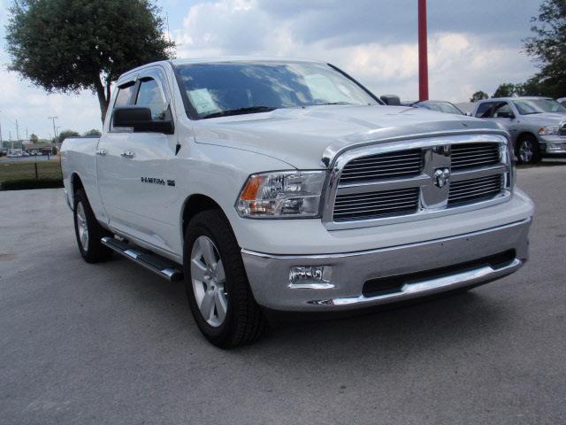 Ram Ram Pickup 1500 2011 White Pickup Truck Big Horn Gasoline 8 Cylinders 2 Wheel Drive