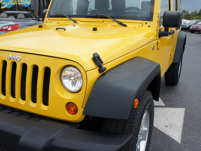 jeep wrangler unlimited 2008 yellow suv x gasoline 6 cylinders 4 wheel drive 6 speed manual. Black Bedroom Furniture Sets. Home Design Ideas