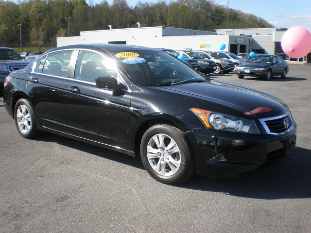 honda accord 2009 black sedan lx p gasoline 4 cylinders. Black Bedroom Furniture Sets. Home Design Ideas
