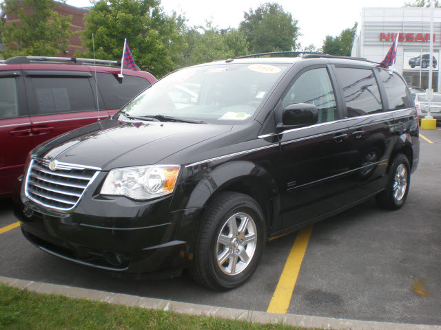 chrysler town country 2008 black van touring gasoline 6 cylinders front wheel drive automatic. Black Bedroom Furniture Sets. Home Design Ideas