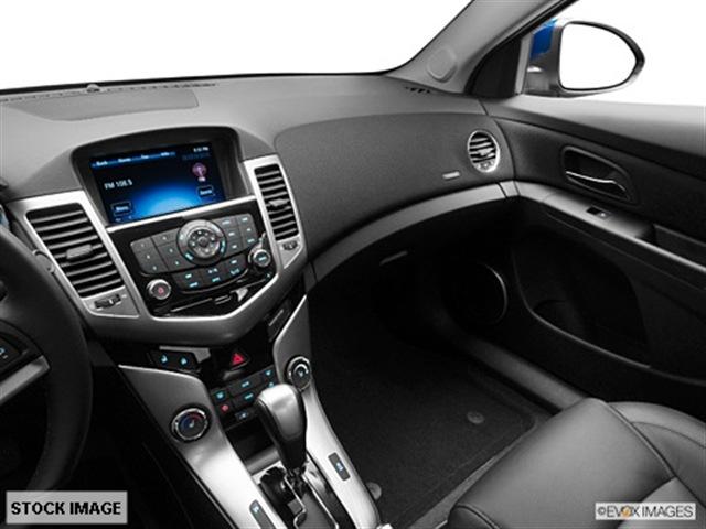 chevrolet cruze 2012 sedan ltz gasoline 4 cylinders front wheel drive 6 speed automatic 55313. Black Bedroom Furniture Sets. Home Design Ideas