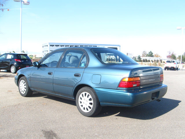 toyota corolla 1995 blue sedan dx gasoline 4 cylinders front wheel rh photoofcar com toyota corolla 1995 repair manual pdf 1995 corolla manual mpg