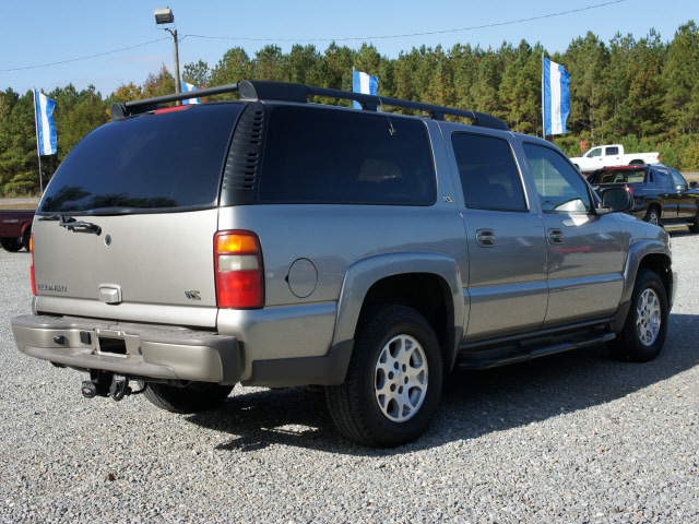 Chevrolet Suburban Lt Gray Suv Lt Gasoline Cylinders