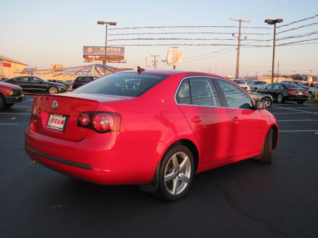 volkswagen jetta 2009 red. volkswagen jetta 2009 red sedan tdi diesel 4 cylinders front wheel drive automatic 46410