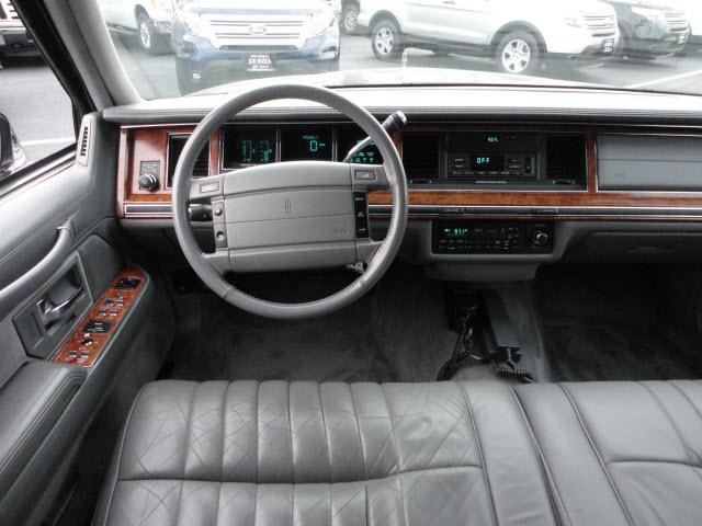 automotive service manuals 1994 lincoln town car interior lighting 1990 lincoln town car. Black Bedroom Furniture Sets. Home Design Ideas