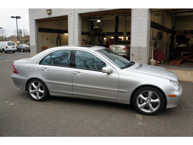 301 moved permanently for Mercedes benz c230 kompressor 2004