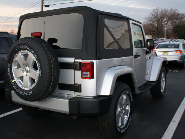 jeep wrangler 2012 silver suv sahara gasoline 6 cylinders 4 wheel drive automatic 07730 jeep. Black Bedroom Furniture Sets. Home Design Ideas
