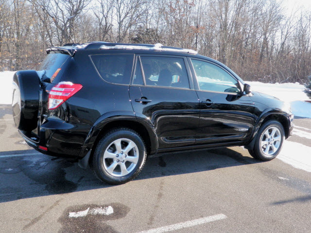 toyota rav4 2009 black suv limited 4wd gasoline 4 cylinders 4 wheel drive automatic 56001. Black Bedroom Furniture Sets. Home Design Ideas