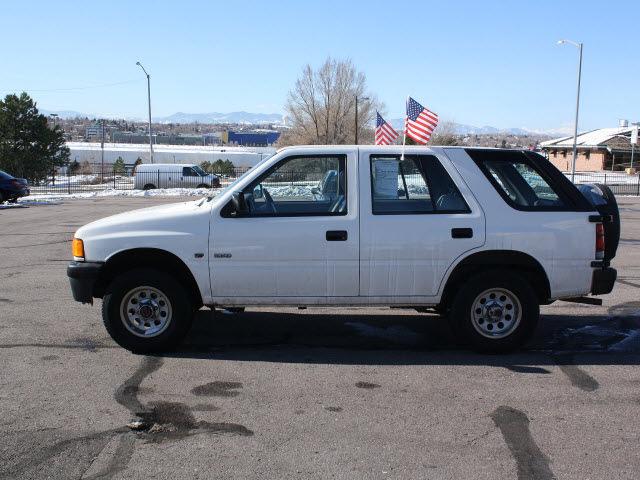 Isuzu Rodeo 1995 White Suv Gasoline V6 4 Wheel Drive 5