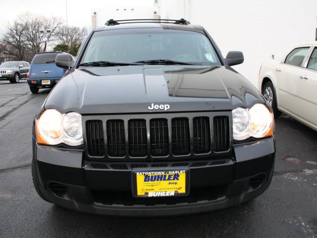 jeep grand cherokee 2009 black suv laredo gasoline 6 cylinders 4 wheel drive automatic 07730. Black Bedroom Furniture Sets. Home Design Ideas