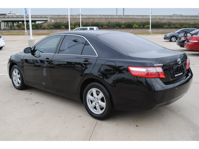 toyota camry 2009 black sedan le gasoline 4 cylinders front wheel drive automatic 77065 toyota. Black Bedroom Furniture Sets. Home Design Ideas