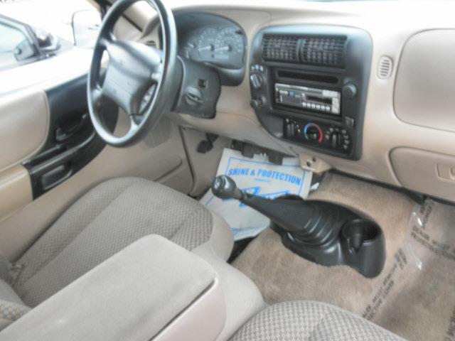 ford ranger 1998 orange xlt gasoline v6 4 wheel drive 5 speed