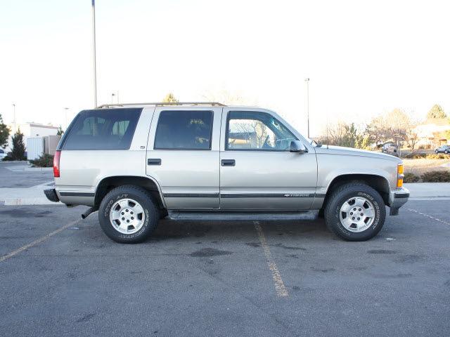Chevrolet Tahoe Pewter Suv Lt Leather Gasoline Wheel