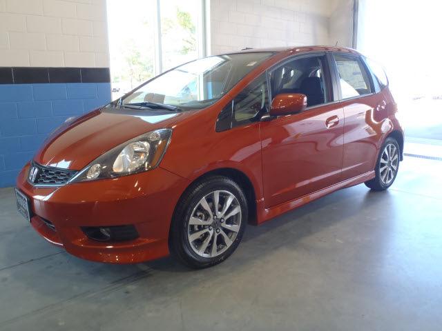 Honda fit 2012 orange hatchback sport gasoline 4 cylinders for Orange honda fit