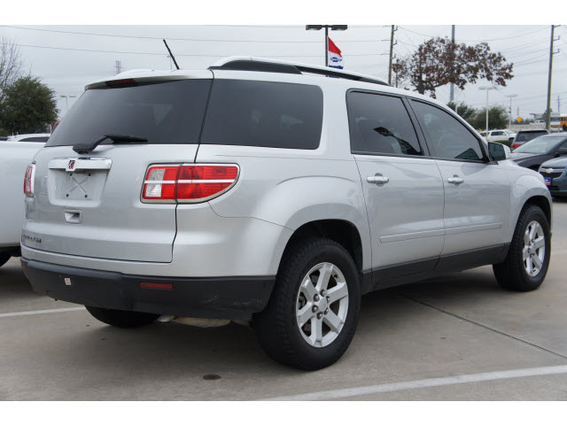 Saturn Outlook 2009 Silver Suv Xe Gasoline 6 Cylinders