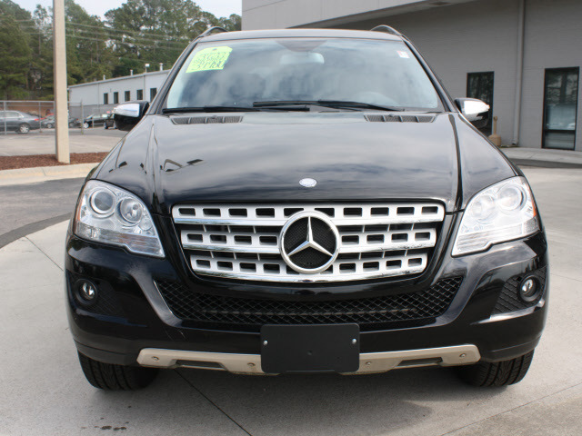 Mercedes benz m class 2009 black suv ml350 4matic gasoline for Mercedes benz ml350 2009