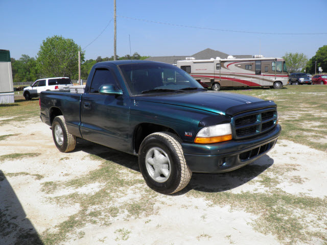 Dodge Dakota Green Pickup Truck Gasoline V Rear Wheel Drive Automatic on 1997 Dodge Ram 1500 Sport Towing Capacity