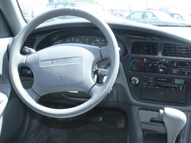 toyota camry 1994 blue sedan le v6 gasoline v6 24v front wheel drive automatic with overdrive. Black Bedroom Furniture Sets. Home Design Ideas