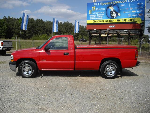 Chevrolet Silverado 1500 1999 Red Pickup Truck Gasoline V6