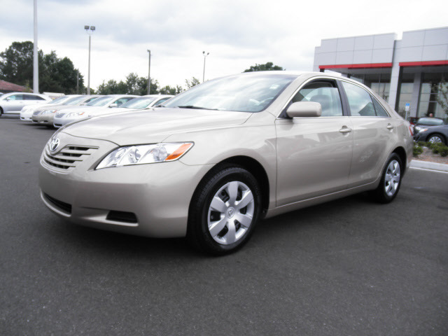 toyota camry 2009 gold sedan le gasoline 4 cylinders front wheel drive automatic 34788 toyota. Black Bedroom Furniture Sets. Home Design Ideas