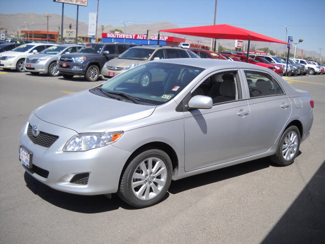 toyota corolla 2010 silver sedan gasoline 4 cylinders front wheel drive automatic 79925. Black Bedroom Furniture Sets. Home Design Ideas