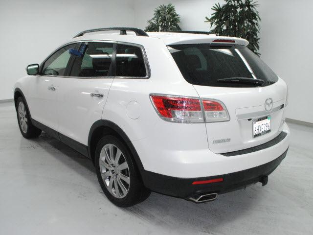 mazda cx 9 2009 white suv gasoline 6 cylinders front wheel. Black Bedroom Furniture Sets. Home Design Ideas