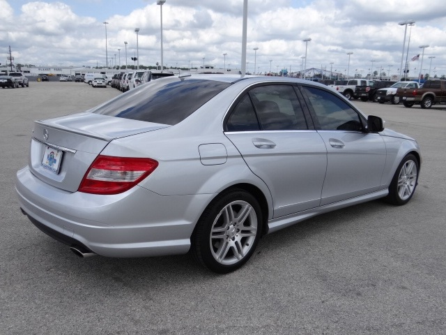 mercedes benz c class 2009 silver sedan c350 sport gasoline 6 cylinders rear wheel drive. Black Bedroom Furniture Sets. Home Design Ideas