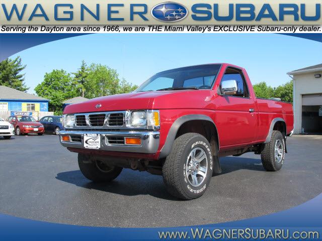 nissan truck 1997 red xe gasoline 4 cylinders 4 wheel drive manual rh photoofcar com 1997 nissan truck manual transmission 2018 Nissan Trucks
