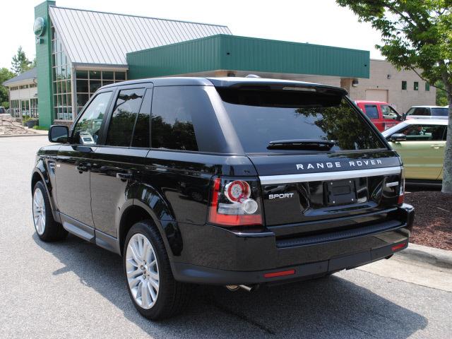 range rover range rover sport 2012 black suv hse gasoline 8 cylinders 4 wheel drive automatic. Black Bedroom Furniture Sets. Home Design Ideas
