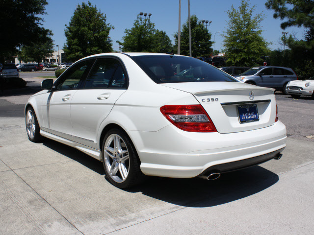 mercedes benz c class 2009 white sedan c350 sport gasoline 6 cylinders rear wheel drive. Black Bedroom Furniture Sets. Home Design Ideas