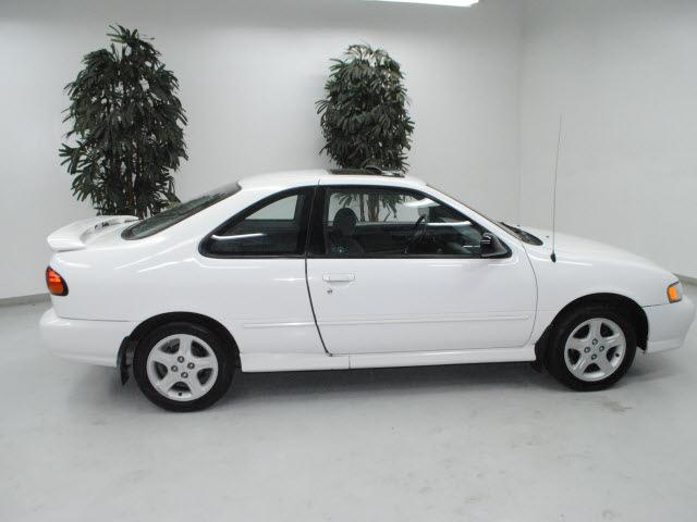 nissan 200sx 1998 white coupe se r gasoline 4 cylinders. Black Bedroom Furniture Sets. Home Design Ideas
