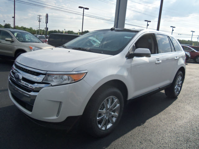 ford edge 2013 white limited gasoline 6 cylinders front wheel drive automatic 37087 ford edge. Black Bedroom Furniture Sets. Home Design Ideas