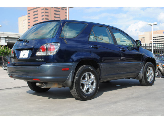 lexus rx 300 2002 dk blue suv gasoline 6 cylinders front. Black Bedroom Furniture Sets. Home Design Ideas