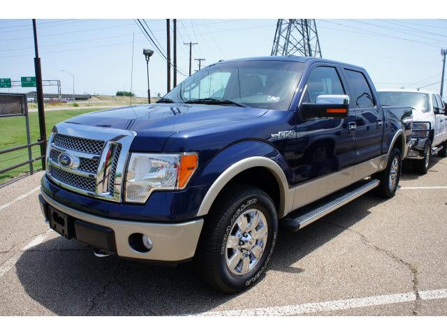 ford f 150 2010 blue lariat flex fuel 8 cylinders 4 wheel drive automatic 76710 ford f 150 2010. Black Bedroom Furniture Sets. Home Design Ideas