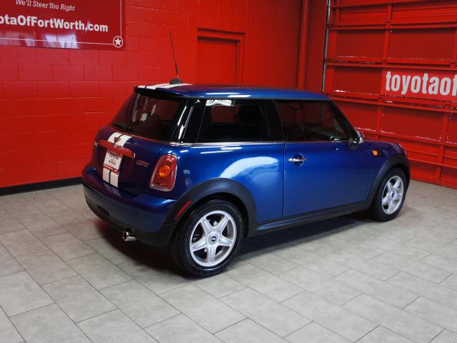 mini cooper 2007 dk blue hatchback gasoline 4 cylinders front wheel drive automatic 76116 mini. Black Bedroom Furniture Sets. Home Design Ideas