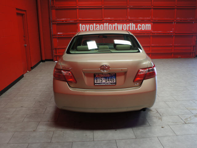 toyota camry 2007 tan sedan le gasoline 4 cylinders front wheel drive automatic 76116 toyota. Black Bedroom Furniture Sets. Home Design Ideas