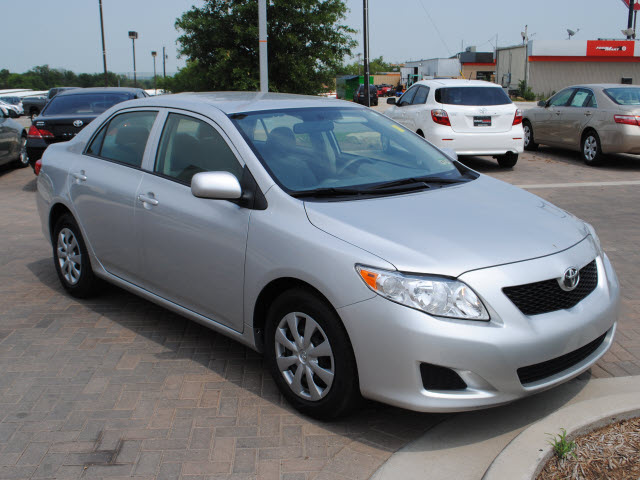 toyota corolla 2009 silver sedan le gasoline 4 cylinders front wheel drive automatic 76087. Black Bedroom Furniture Sets. Home Design Ideas