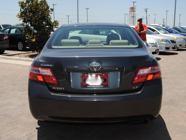 toyota camry 2007 gray sedan le gasoline 4 cylinders front wheel drive automatic 76087 toyota. Black Bedroom Furniture Sets. Home Design Ideas
