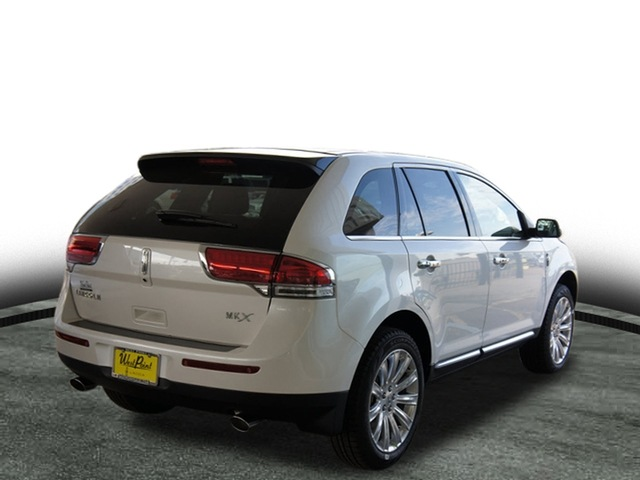 lincoln mkx 2012 white suv 102a gasoline 6 cylinders front wheel drive automatic 77043 lincoln. Black Bedroom Furniture Sets. Home Design Ideas