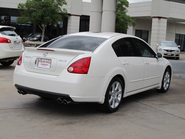 Nissan Maxima 2007 White Sedan 3 5 Se Gasoline 6 Cylinders