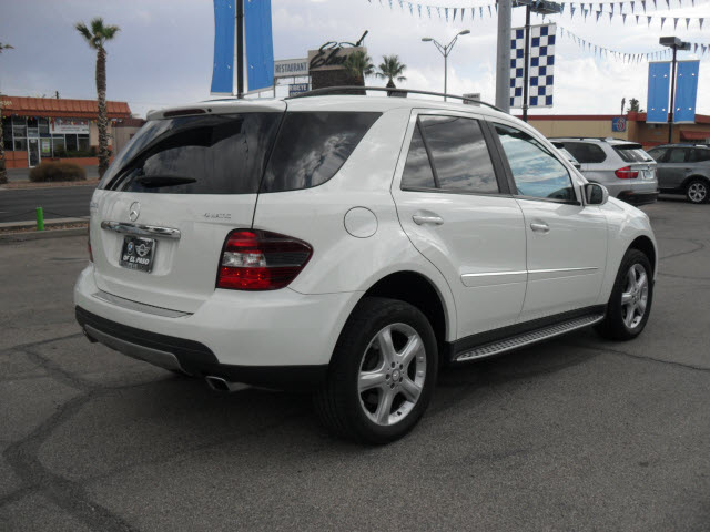 Mercedes benz ml350 2008 white suv gasoline 6 cylinders for White mercedes benz suv