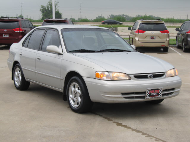 toyota corolla 2000 silver sedan le gasoline 4 cylinders front wheel drive automatic with. Black Bedroom Furniture Sets. Home Design Ideas